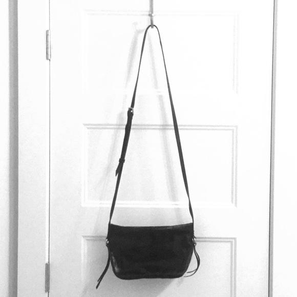 HOBO Handbags - HOBO Muse Crossbody